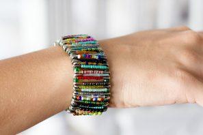 Friends ~ DIY Safety Pin Bracelet