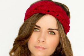 Chunky Cabled Headband Crochet Pattern