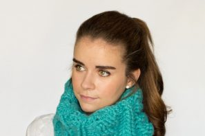 Chunky Cabled Cowl Crochet Pattern