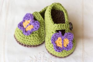 Butterfly Garden Baby Booties Crochet Pattern
