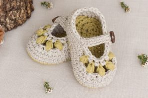 Oakland Baby Booties Crochet Pattern
