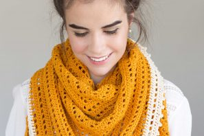 Honey Bird Triangle Scarf Crochet Pattern