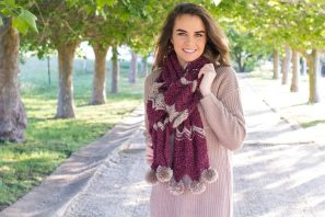 Frosted Berry Chevron Scarf – Crochet Pattern
