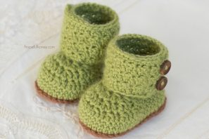 Cashmere Avocado Baby Booties Crochet Pattern