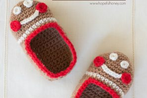 Gingerbread Man Baby Booties – Free Crochet Pattern